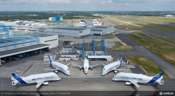 Aerei da trasporto: Airbusbeluga https://www.facebook.com/RealTimeNavigation?ref=hl