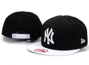 Casquette NY New York Yankees MLB Snapback Noir Blanc : Casquette Pas Cher