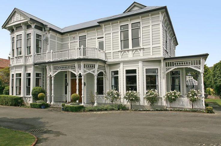 Historic Grandeur | Lower Hutt, Wellington, New Zealand | Kimo & Hanale