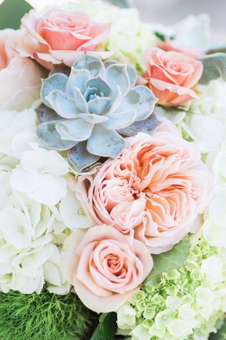 A Romantic Mint and Peach Wedding