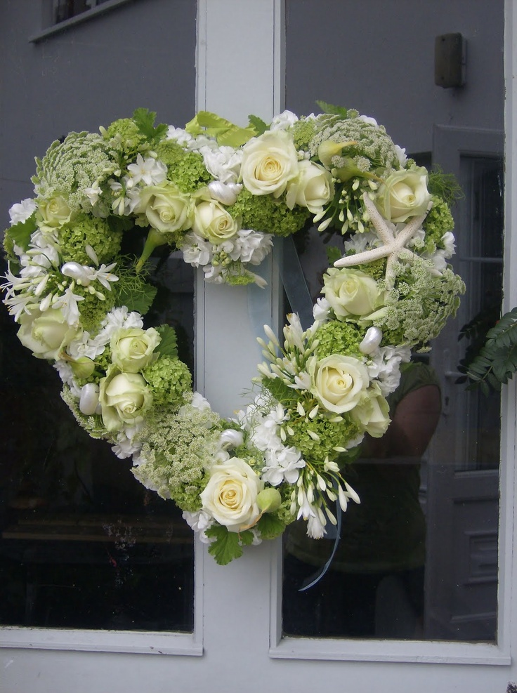 an Anniversary wreath.