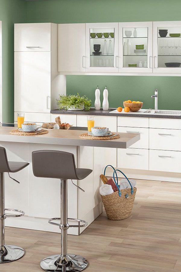 Die Bavaria 1135 Ist Modern Geradlinig Und Funktional Mit Diesen Eigenschaften Und Eine Light Grey Kitchens Light Grey Kitchen Cabinets Grey Kitchen Cabinets