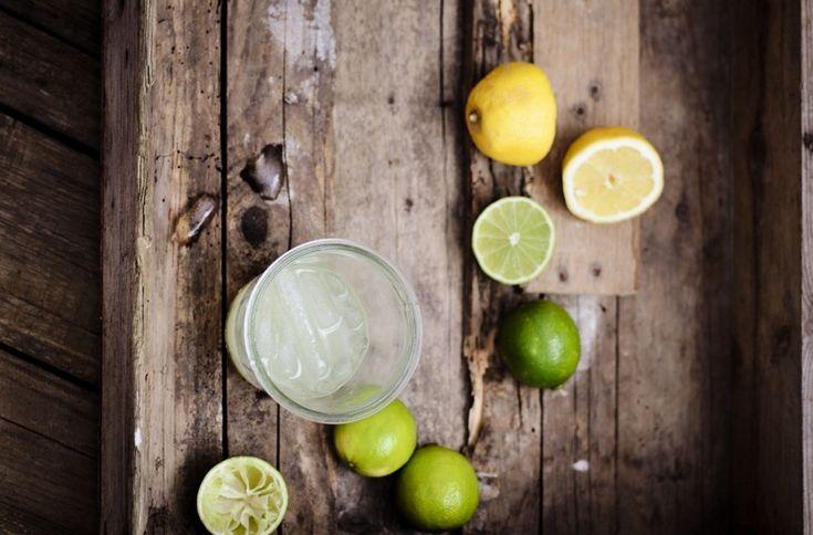 Entgiften am Morgen! - Detox mit Zitronen-Wasser - mydailygreen #Detox #Entgiften