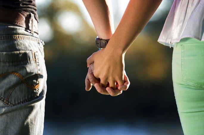 Menina de 18 anos pretende casar com seu próprio pai após dois anos de namoro http://angorussia.com/noticias/mundo/menina-de-18-anos-pretende-casar-com-seu-proprio-pai-apos-dois-anos-de-namoro/