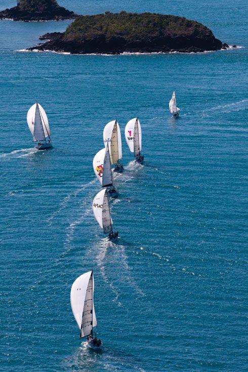 : Favorite Places, Hamilton Islands, Australia Beaches, Favourit Places, Beautiful Places, Country Australia, Islands Racing, Whitsunday Islands, Sailing Boats