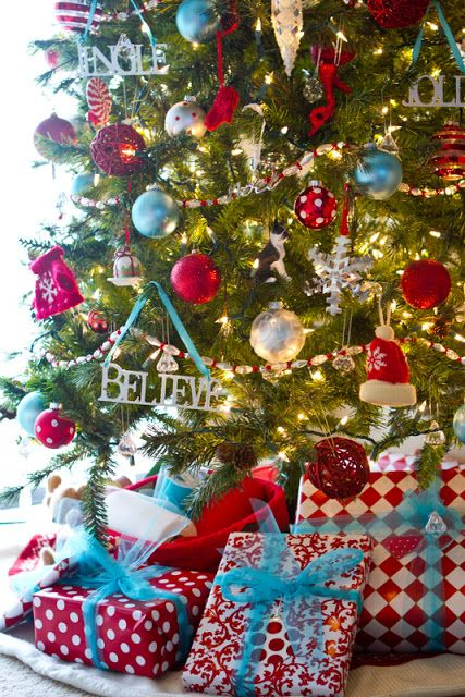9 Crazy Colorful Christmas Trees!! // blue & red: