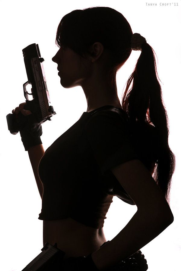 Legend Lara Croft - Sillouette