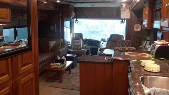 2015 Used Tiffin Motorhomes Phaeton 40QAH Class A in California CA.Recreational Vehicle, rv, 2015 Tiffin Motorhomes Phaeton 40QAH, Like new without you losing the cost of depreciation we have taken care of that for you! 40ft with 4 slides diesel motorhome, only 10,000 miles like new! 380 Cummings engine, Freightliner chassis and Allison transmission, 10KW Onan generator, 2000 watt inverter, heated power mirrors with integrated cameras, heated water and holding tank compartments, air horn…