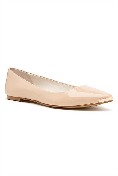 Pearl Pointed Flat. Everyday chic flats. #witcherywishlist