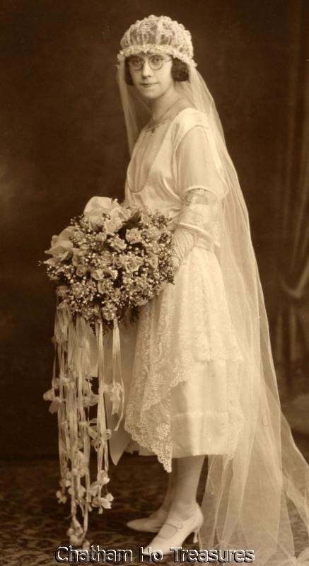 Stunning 1920s Vintage Photo Bride Wore Glasses Loads of Flowers Wedding | eBay