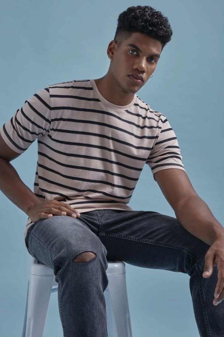 For 2017, the Levi's Line 8 Collection presents a streetwear-inspired line that is playful, rebellious and androgynous at its core. The ...