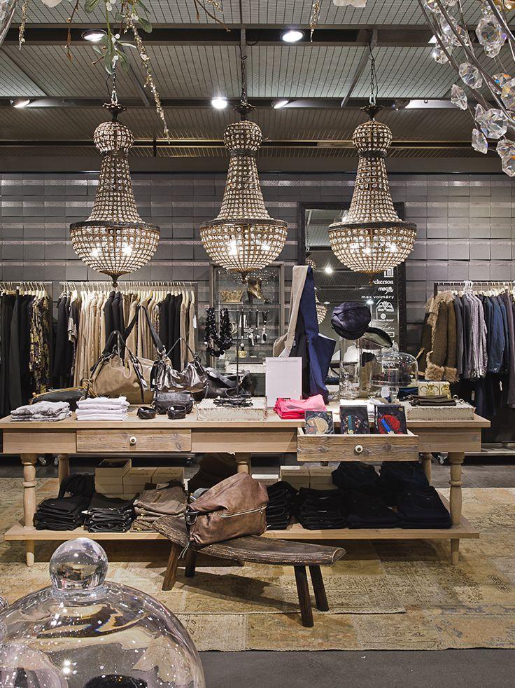 #globus #savoirvivre #departmentstore #store #fashion