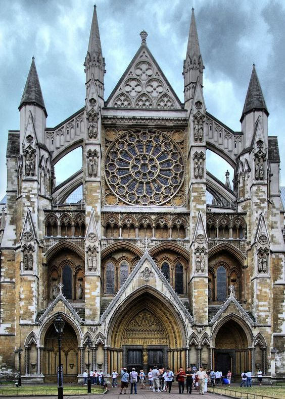 Westminster Abbey is one of the unbelievable architectures of UK.