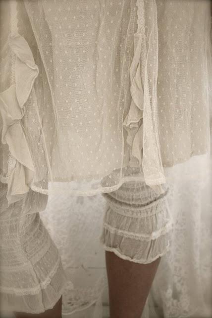 ❥ laceyRe Fashion Sewing Ideas, Lace Legs, Uken Antrekk, Style, Search, Swiss Dots, Clothing, White Lace, Boho