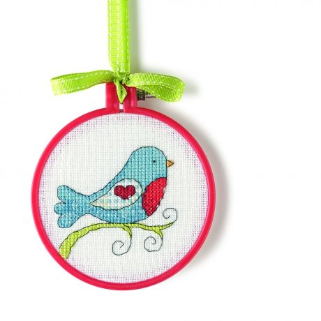 Freebie...http://www.themakingspot.com/cross-stitch/pattern/sweet-motifs-for-all-occassions