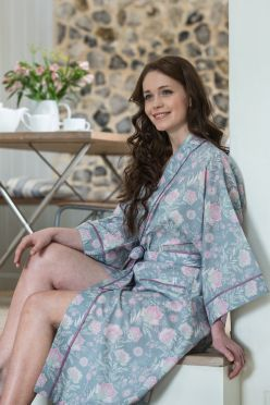 Dottie Photography. French Fleurs Kimono. Caro London