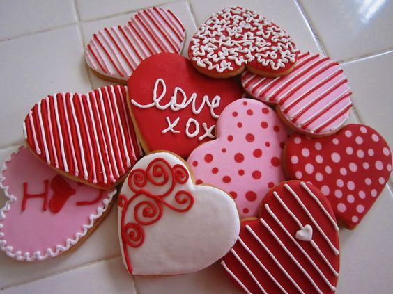 701 best Valentines images on Pinterest | Decorated cookies ...