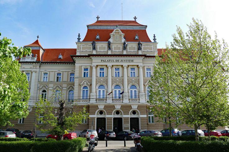 All sizes | Oradea: Palatul de justitie | Flickr - Photo Sharing!