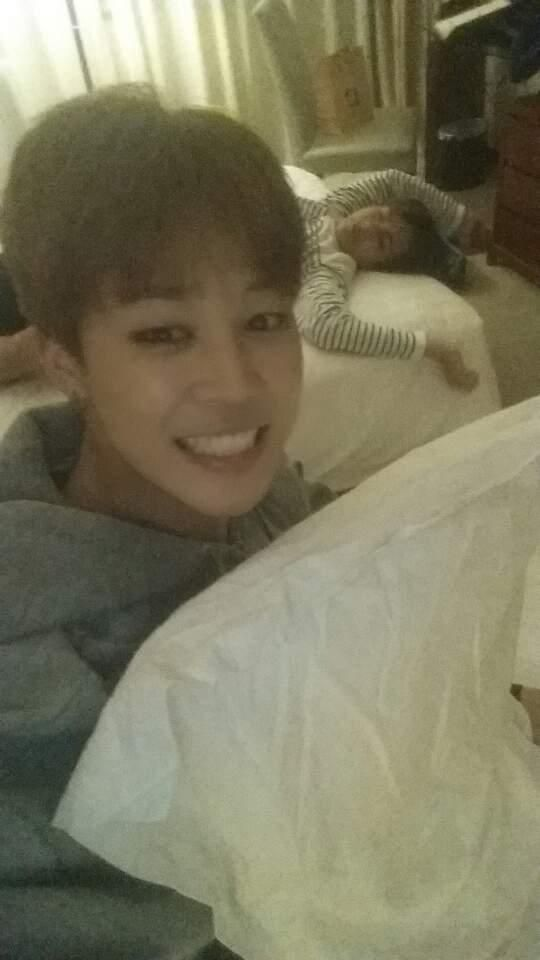 Jimin and V ♡• #BTS twitter update- Is V still alive there or just kinda passed out?