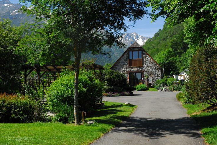 Welcome to Camping Pyrénées Natura, Estaing, Hautes-Pyrénées - Pitchup.com