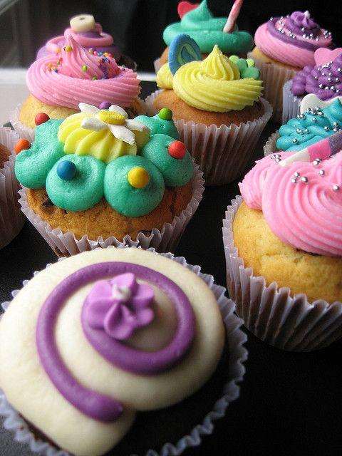 fun and light…. :) Cupcake Decoration