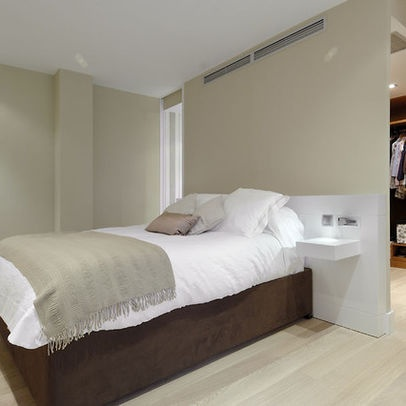 Modern Bedroom Photos Closet Design, Pictures, Remodel, Decor and Ideas - page 12