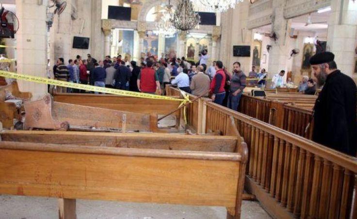 Serangan Bom di Dua Gereja Koptik Mesir Tewaskan 36 Orang  KAIRO (SALAM-ONLINE): Setidaknya 36 orang tewas dan lebih dari 100 terluka dalam serangan bom di dua gereja koptik Mesir pada Ahad (9/4).  Tidak ada yang mengaku bertanggungjawab atas serangan yang terjadi sepekan sebelum paskah koptik dan dalam bulan yang sama Paus Fransiskus dijadwalkan untuk mengunjungi Mesir.  Pengeboman pertama di Tanta sebuah kota Delta Nil kurang dari 100 kilometer di luar Kairo menewaskan sedikitnya 25 orang…