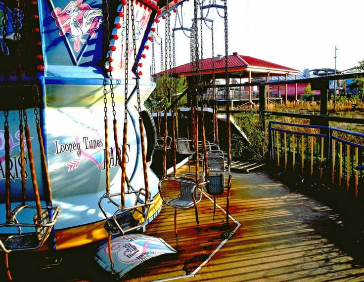 Looney Tunes Adventures Was Also A Themed Area Of The Park For - 10 years hurricane katrina six flags theme park new orleans still lies abandoned 10 years