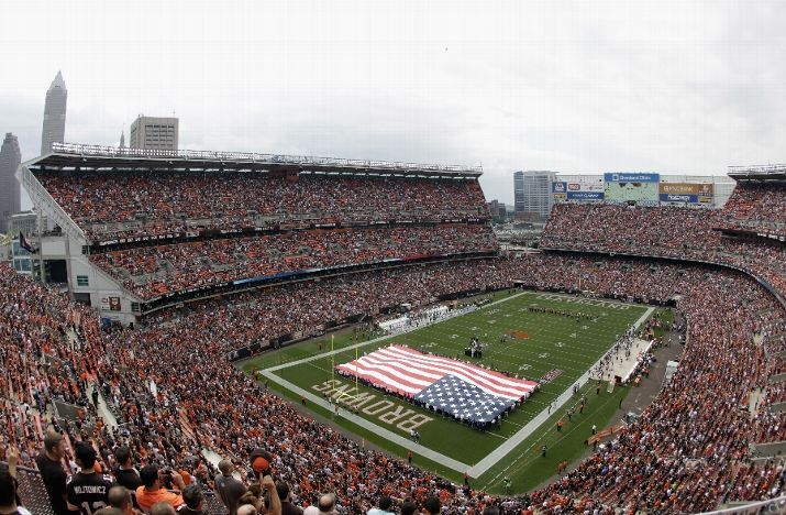 CLEVELAND, OH - SEPTEMBER 08: Overall of First Energy Stadium prior to the game against the Cleveland Browns and Miami Dolphins on September 8, 2013 in Cleveland, Ohio. (Photo by Matt Sullivan/Getty Images)