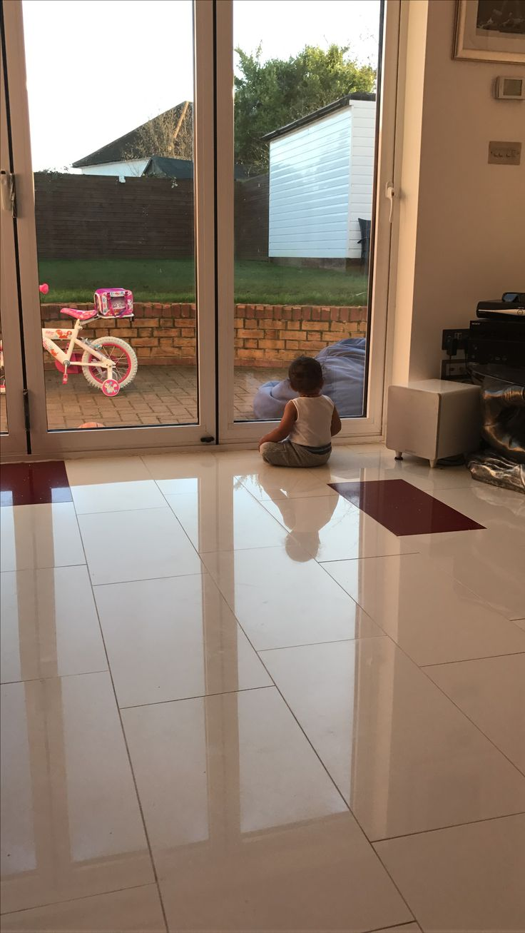 14 best underfloor heating installation luxury heating images the children just love to sit on a war floor luxury underfloor heating return on dailygadgetfo Gallery