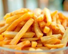 Frites au micro-ondes (facile, rapide) - Une recette CuisineAZ