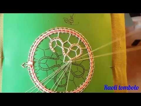 Merletto a tombolo - 2a parte addobbo per albero di Natale - chiusura cerchio ed inizio punto mimosa - YouTube