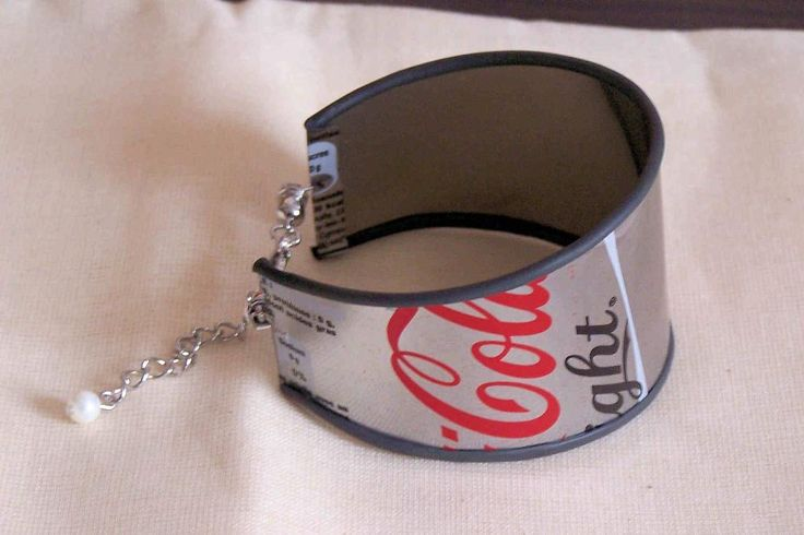 cuff bracelet from aluminum can - I am thinking a Dr. Pepper bracelet