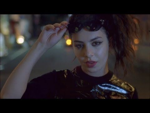 ▶ Charli XCX - SuperLove (Official Video) - YouTube