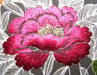Nejiribana-spiralling flower designs. Japanese embroibery.