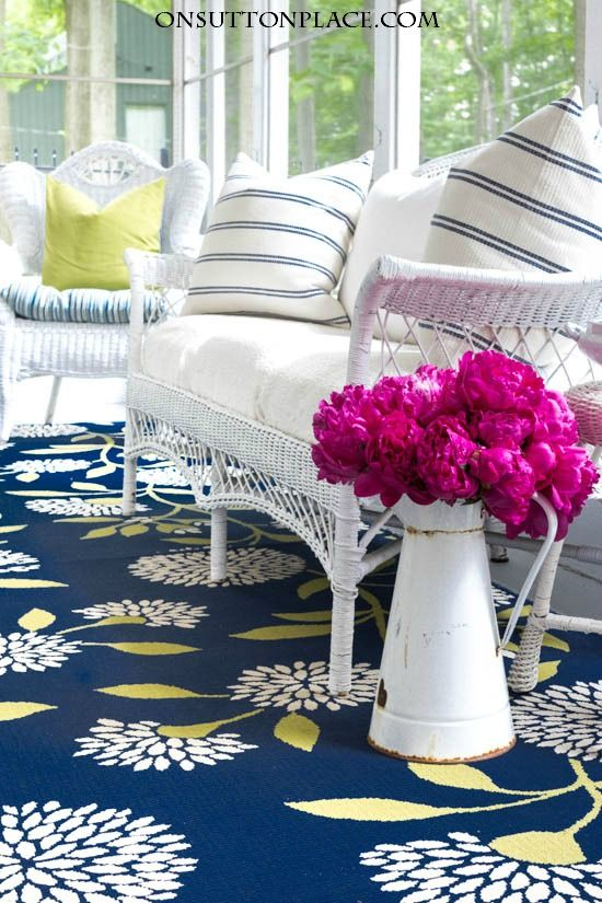 DIY Summer Porch Decor Ideas   Ideas for making your outdoor spaces function like indoor rooms. Examples, tips and inspiration!