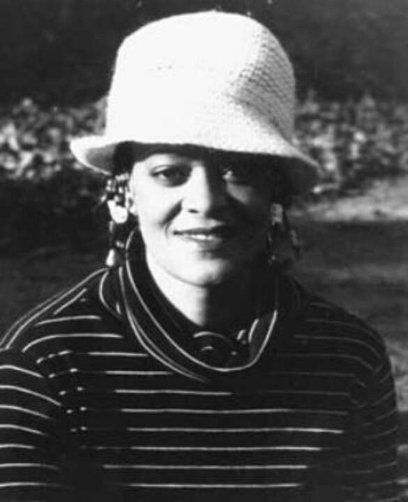 point view toni cade bambara s lesson Notes on toni cade bambara's the lesson characters:  when we step back with the understanding that sylvia's point of view is limited and unreliable.