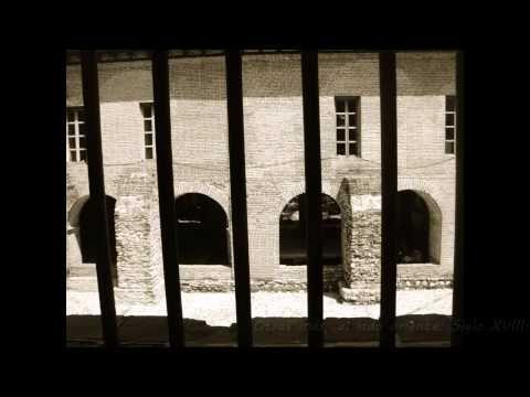 Correspondecia audiovisual.- A través de las ventanas se muestra un Patrimonio Cultural de la Humanidad como lo es el Ex Convento de Santo Domingo ubicado en Chiapa de Corzo, Chiapas; México.