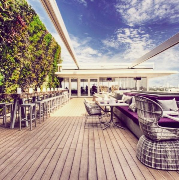 Spotted. Florida - Miami. Lincoln Rd. Booked for dinner @juviamiami !! Not our first time there but never get bored of this amazing Miami view !! #asianfood #restaurant #rooftop #design #miami #travel #cityguide #lincolnroad #juvia #sobe #us #usa Credit photo to @juviamiami