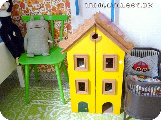 70's Dolls House. This is found at Ullalentz on flickr. The retro toys and patterned fabric found here are fantastic.