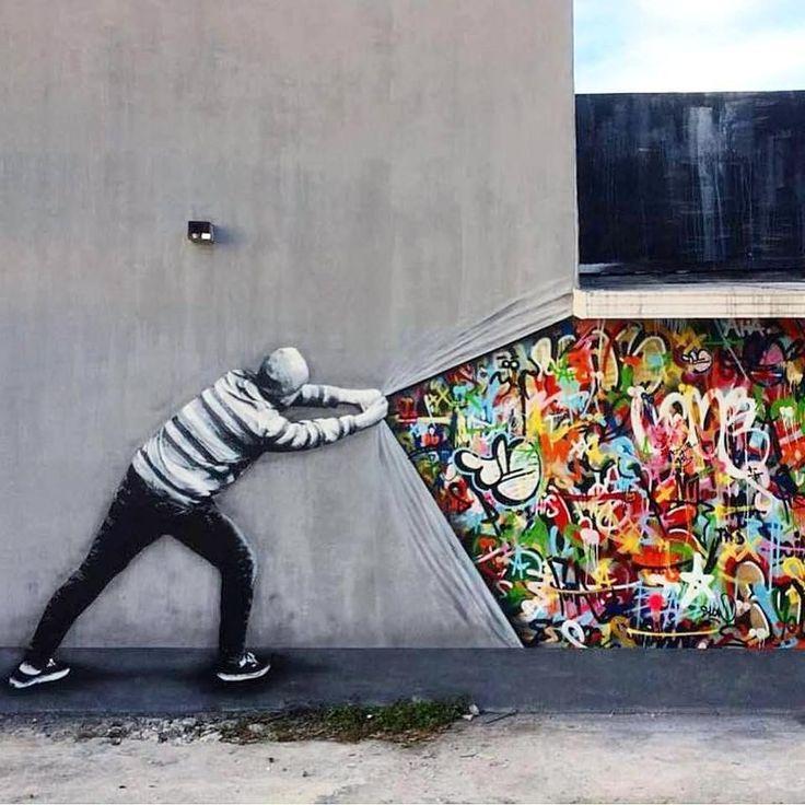 "284 Likes, 1 Comments - La Criatura Creativa (@lacriaturacreativa) on Instagram: """"Detrás del telón"" por @martinwhatson . . . . . . #streetart #street #art #graffiti #paint…"""