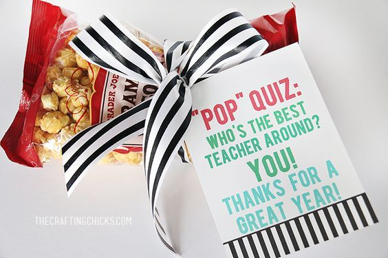 Teacher Gift Idea and Printable Gift Tag - Love this sweet treat!