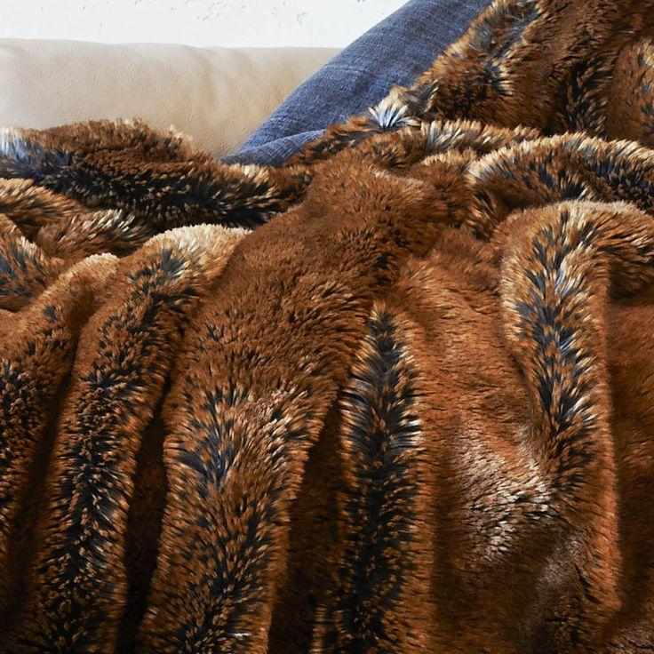 62 best plaids et couvre lits en fausse fourrure images on - Plaids fausse fourrure pour canape ...