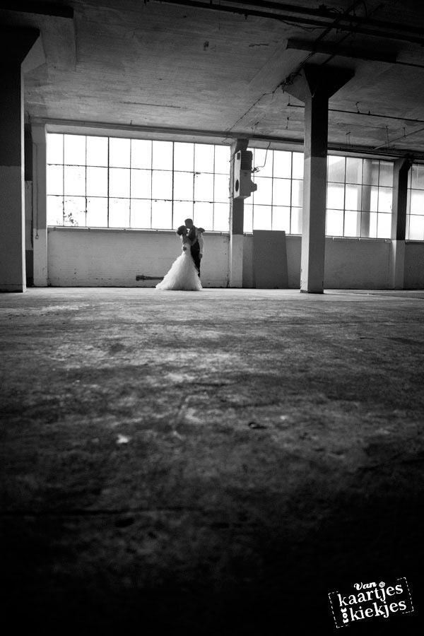 Coole industriële trouwreportage Industrial weddingphoto