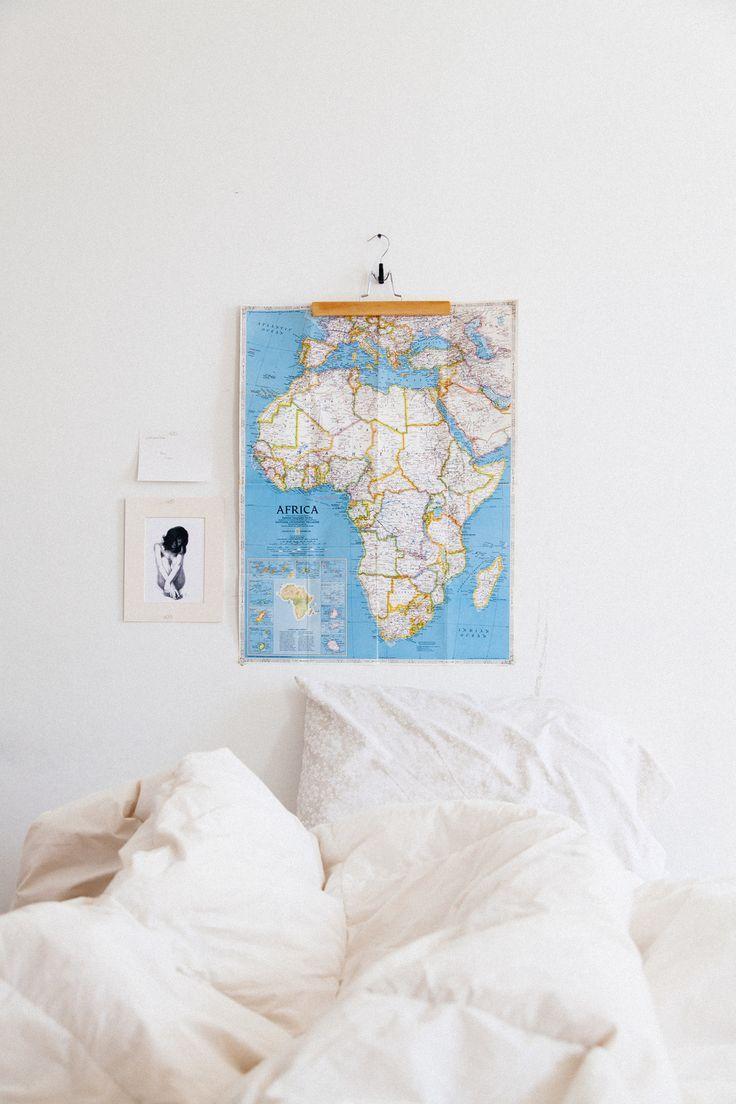 hang art with ikea trouser hangers