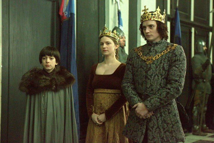 "Aneurin Barnard as Richard III of England, Faye Marsay as Anne Neville, Queen Consort, ""The White Queen"""