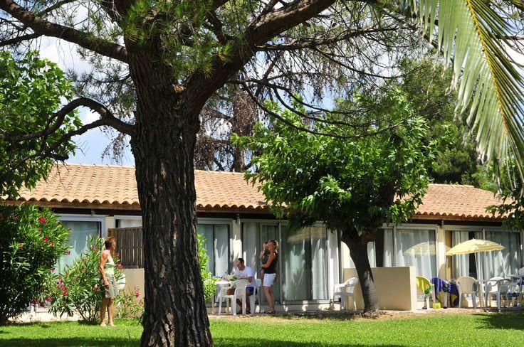 Maisonnettes jumelées pour vos locations de vacances avec Le Mas Blanc, résidence de tourisme à Pérols!