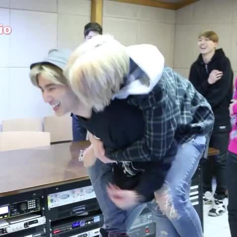 I love you too #DAY6 #Jae #YoungK #Jaehyungparkian