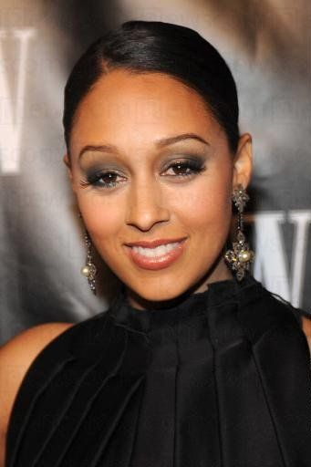 Tia Mowry... cute hair, lovely make-up I love Tia!!