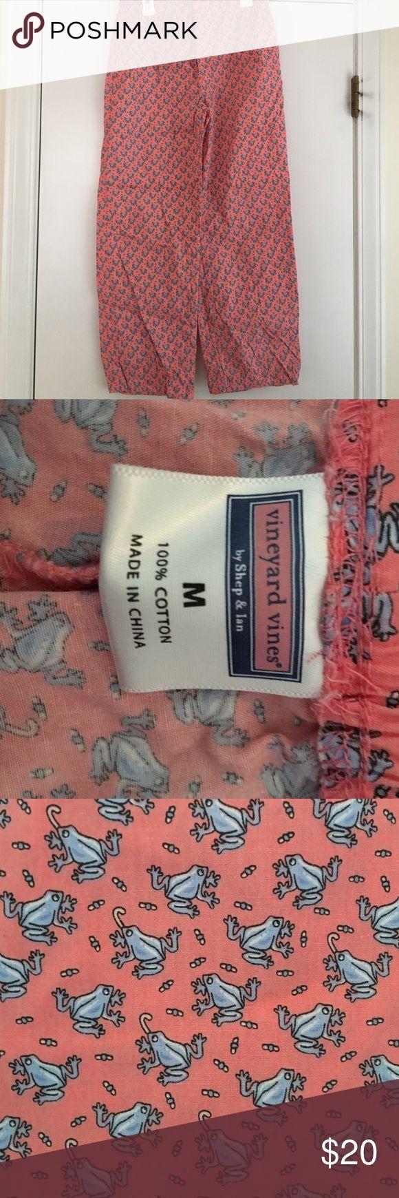 Vineyard Vines Boys pajama pants Vineyard Vines boys pajama pants. With frogs. Size M Vineyard Vines Pajamas Pajama Bottoms